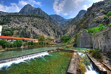 """<a href=""""https://www.flickr.com/photos/kevinbotto/3884600481"""" target=""""_blank"""">Kotor, &copy; by Kevin Botto, on Flickr</a>"""