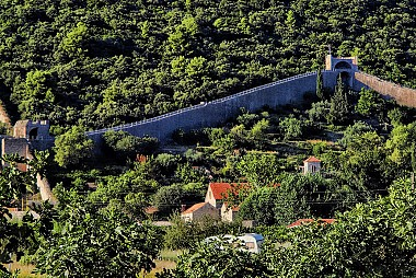 "<a href=""https://www.flickr.com/photos/croacia_/"" target=""_blank"">Ston Walls, &copy; by Mario Fajt, on Flickr</a>"